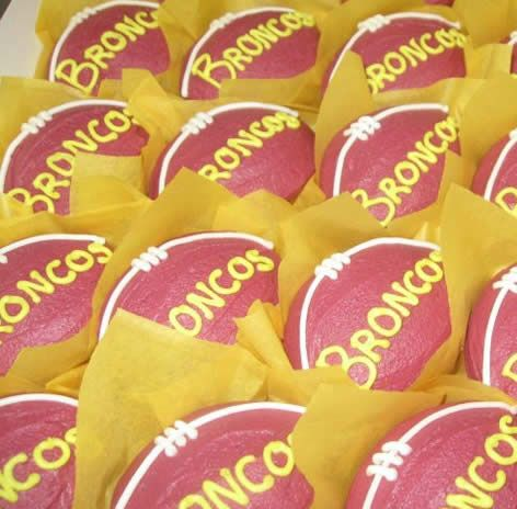 Brisbane Broncos - party cupcakes NRL rugby league birthday party or match food.