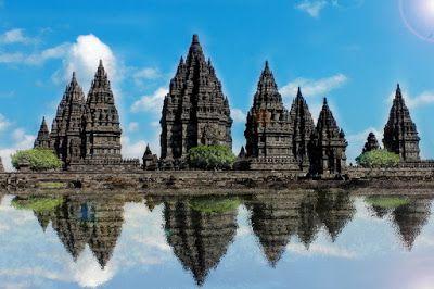 PERGIPEDIA  - Objek Wisata Candi Prambanan Di Klaten . Candi Prambanan  merupakan candi umat Hind...