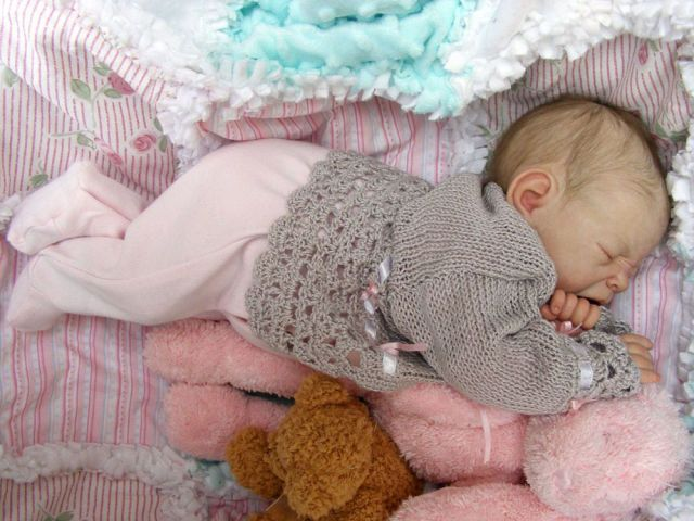 reborn baby dolls | Creepy but Incredibly Realistic Reborn Baby Dolls (23 pics)