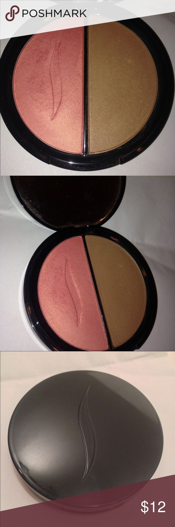 "Sephora Silk Blush Bronzer Duo in ""Sunset Dance"". Shimmery Pink Blush & Bronzer. Small dent in bronzer side. Sephora Makeup Blush"