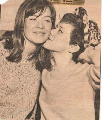 Rita Pavone with Françoise Hardy. Ye-Ye Girls.