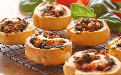 Sprawdzony przepis na Włoskie ciastka z warzywami. Wybierz sprawdzony przepis eksperta z wyselekcjonowanej bazy portalu przepisy.pl i ciesz się smakiem doskonałych potraw.