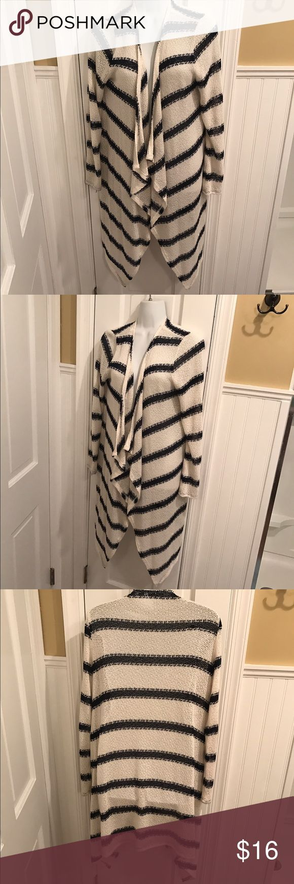 "Striped cardigan Open draped cardigan. Light weight. About 36"" long in the back. Slightly longer in the front. New York & Company Sweaters Cardigans"