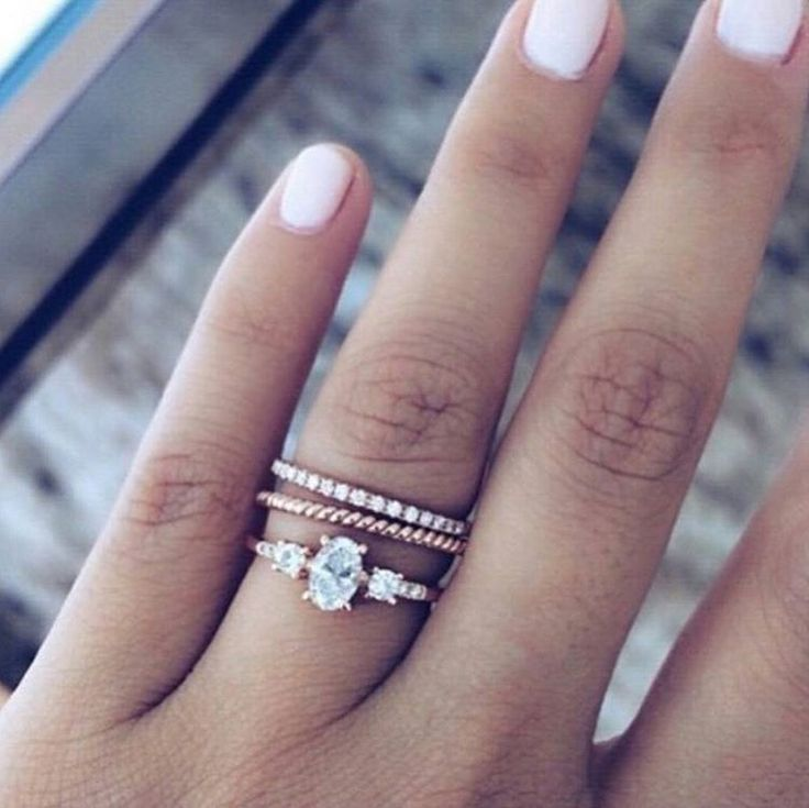 Fancy Love the mix of vintage engagement ring with simple multi tone white and rose u