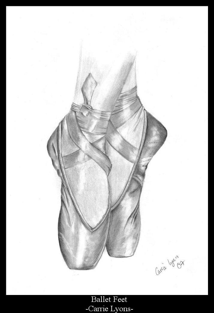 Pointe dance shoes