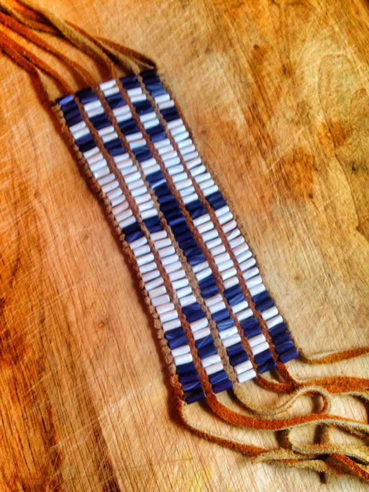 wampum women Wampum type of clam, quahog (ko-hog) shell used by the wampanoag  indians, natives of cape cod, nantucket and martha's vineyard it was their  medium.