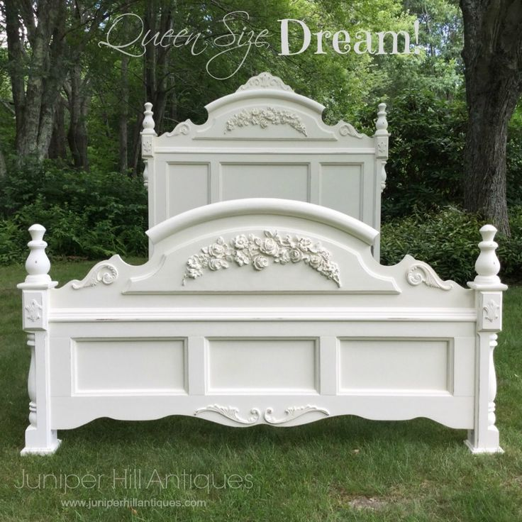 queen size shabby chic bed restored and painted pretty. Black Bedroom Furniture Sets. Home Design Ideas