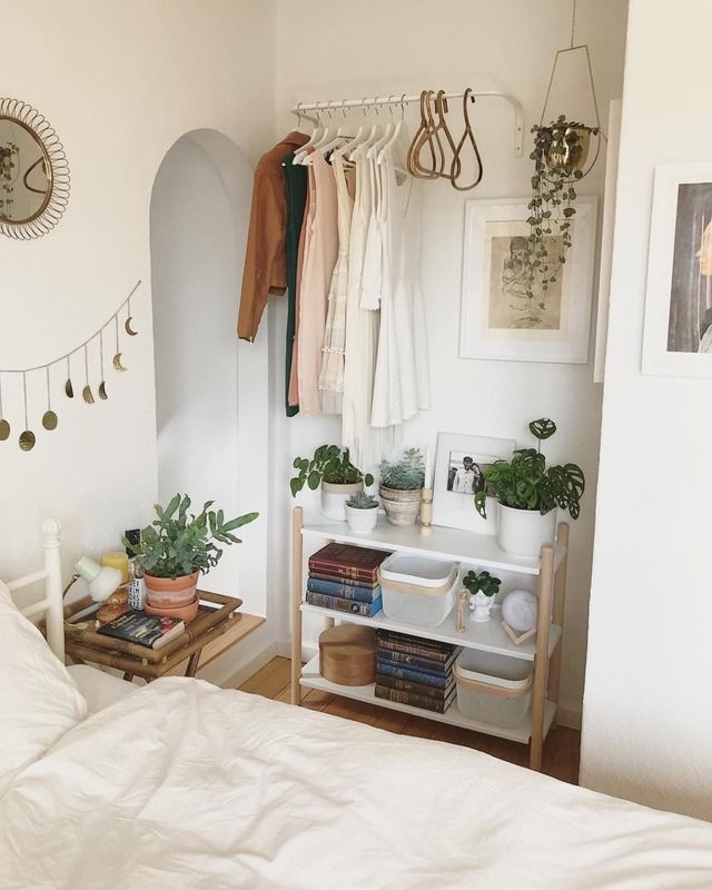 If my bed takes up most of the space between the wall, I could use exposed shelv… – Bedroom Inspiration