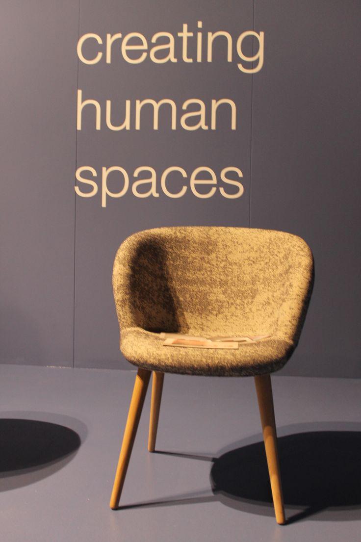 Zulke mooie fatuils van +Halle - gezien bij #DesignDistrict 2014