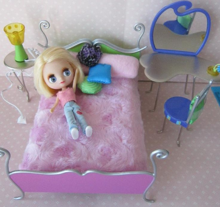 sweet mini lps blythe doll and bedroom set never played