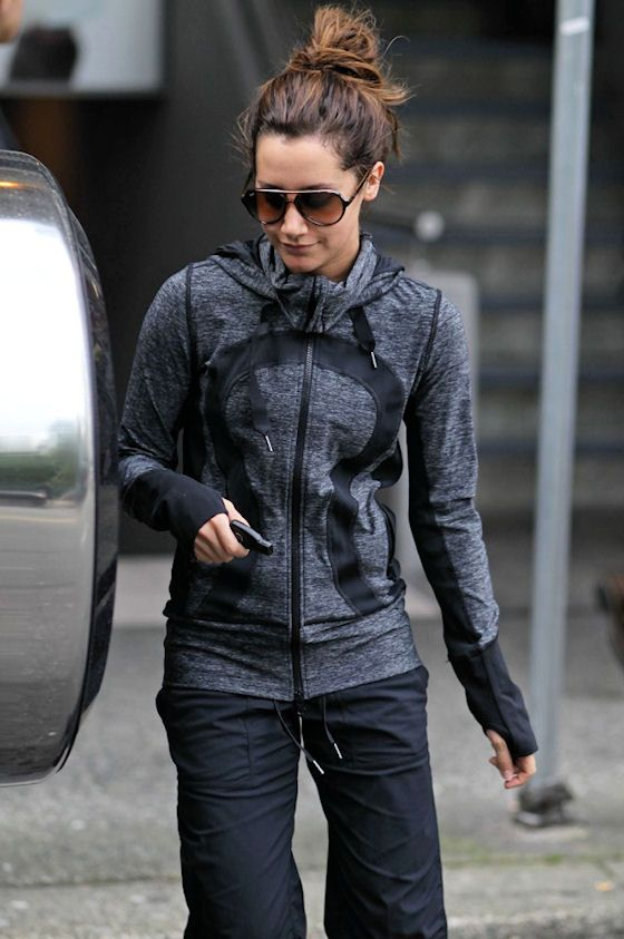 lululemon love. This is my most FAVORITE jacket ever.  If I could wear it every day, I would.  I love, LOVE this jacket.