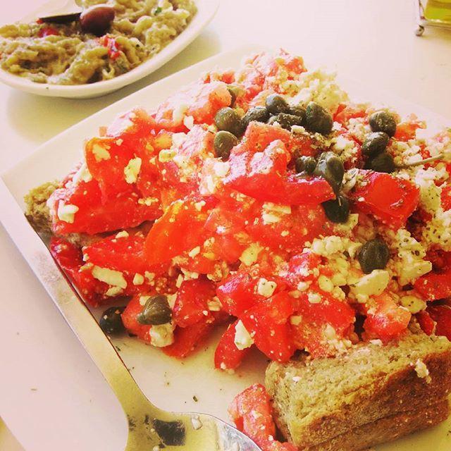 www.petrichor-land.gr #olive #oil #oliveoil #organic #extra #virgin