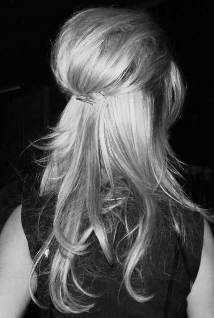 My hair would never do this, but it's so cute!