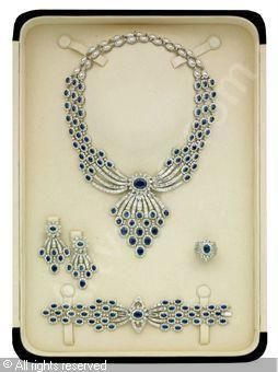 Set of 5: Sapphire and diamond, sapphires stated to weigh a total of 94.57 carats, diamonds stated to weigh a total of 70.44 carat
