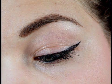 Aanbrengen (winged) eyeliner tips