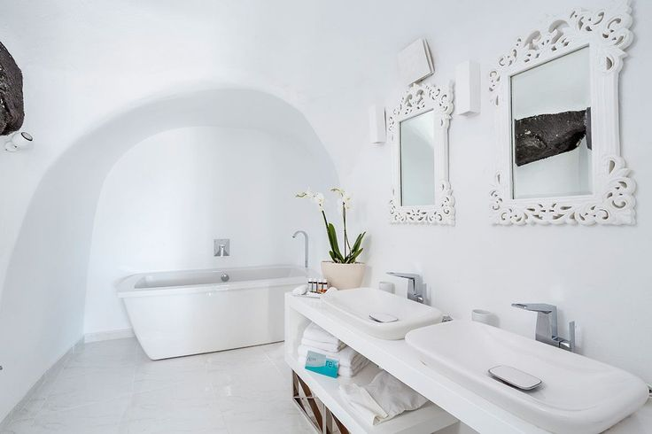 You will love the accomidations at the Canaves Oia Villa