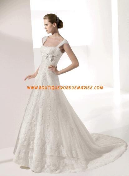 Robe de mariée dentelle avec bretelles