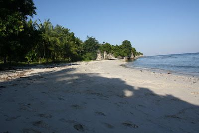 Pantai Palipis Sulawesi Indonesia | Palipis Beach