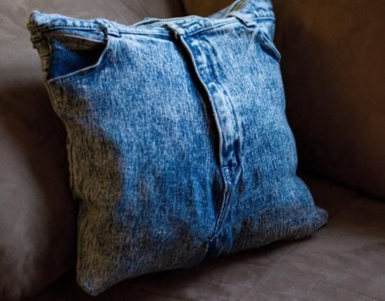 recycling jeans for decorative pillows, recycled crafts