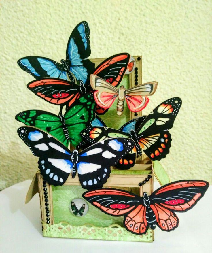 Boho butterfly box card de Svgcuts