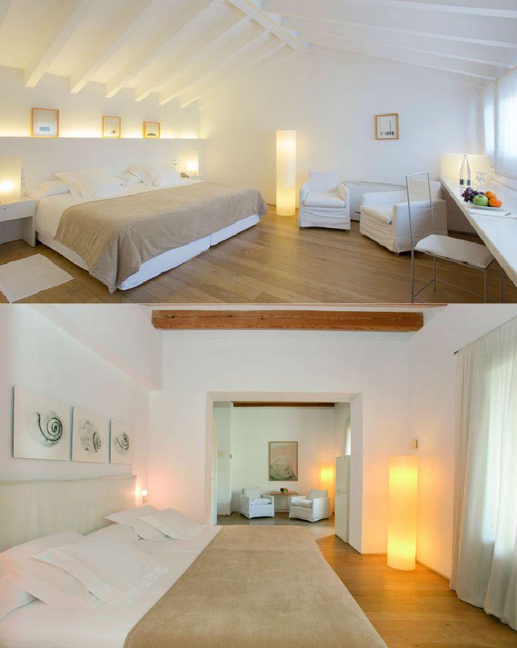 Convent de la Missió | Boutique Hotel | Palma de Mallorca | Spain | http://lifestylehotels.net/en/convent-de-la-missio | bedroom, double bed, white, minimalistic, luxury, relax, natural light, wooden floors