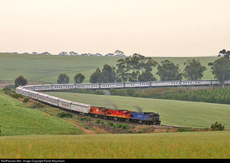 RailPictures.Net Photo: 35034 Transnet Freight Rail CLASS 35-000 TYPE GE U15C at Western Cape, South Africa by Fanie Kleynhans