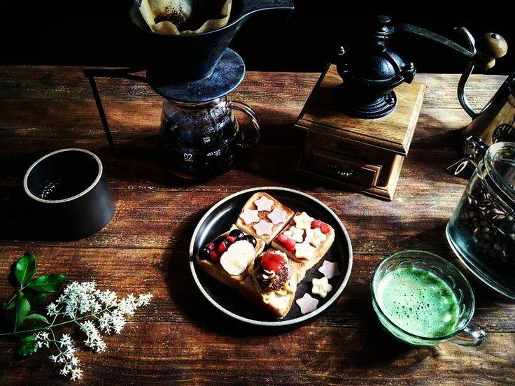 おはようございます  今朝は珍しく遅出の夫 出勤して行くパパに 三男坊パパゴミ  今日は可燃ゴミの日 パパゴミを持ってカバンを置いて行ってしまいましたぁ  2016.5.20 #朝ごはん #朝食 #おうちごはん #おうちカフェ #朝ごぱん #food #homecooking #パン #オープンサンド #コーヒー #coffee #dripcoffee #至福の時 #グリーンスムージー #プリペット #KALITA #hario #HASAMIPORCELAIN #ONEKILNCERAMICS #tullys #日々 #暮らし #三兄弟ママ #福岡 #fukuoka #lovekyusyu http://ift.tt/20b7VYo