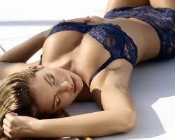 Tienes senos caidos? Descubre qué hacer para levantarlos y darles mayor volumen de forma natural y muy efectiva! Aumenta tu autoestima, sientete más sexy que nunca! CLICK AQUI: www.comoaumentarelbustonaturalmente.info/senos-caidos-como-levantarlos-y-aumentarlos-de-forma-natural-y-efectiva/