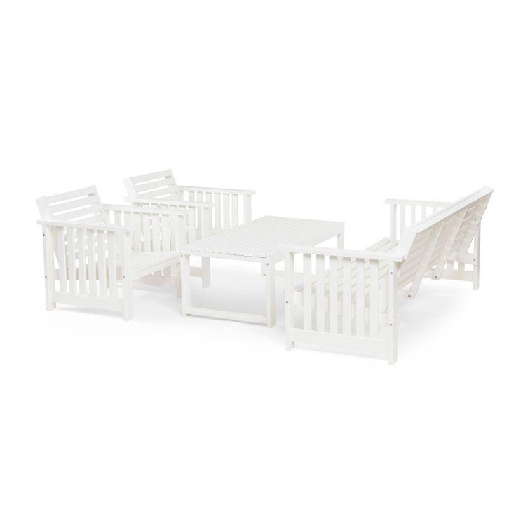 Njut av sommaren i den här vackra möbelgruppen! Loungegrupp Gotland är tillverkad i FSC-certifierad vitlaserad furu och har 5-sittplatser. Gruppen är väld