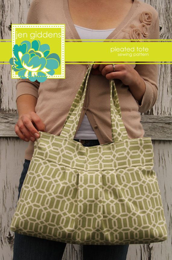 Pleated tote.