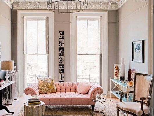 Love the colour palette.. and the use of the pink Chesterfield!