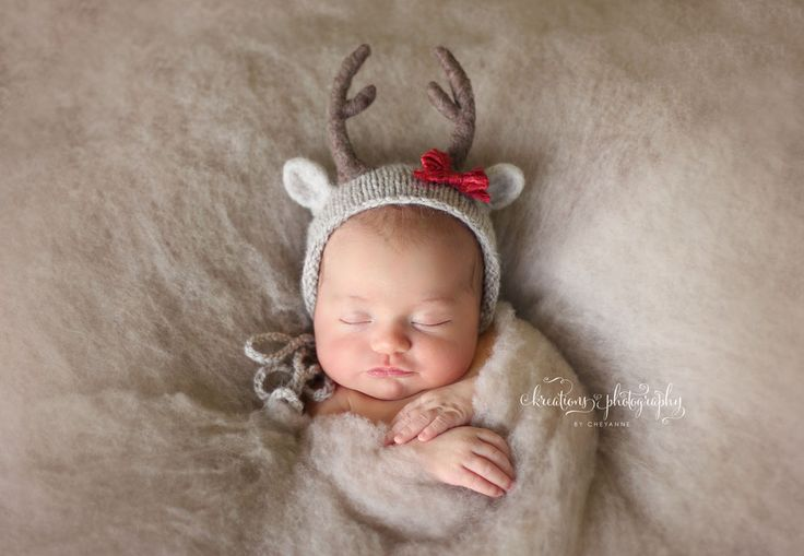 Kreations Photography / Newborn Photography / Christmas / Oh So Fleeting / Baby Deer