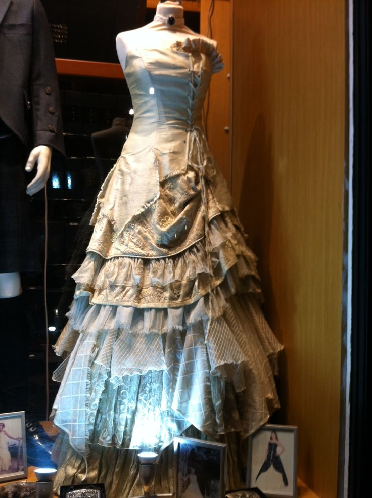 Scottish Wedding Dress, just add tartan...