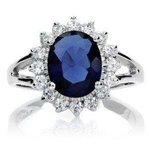 Diana's wedding ring Prince William gave to Kate Middleton