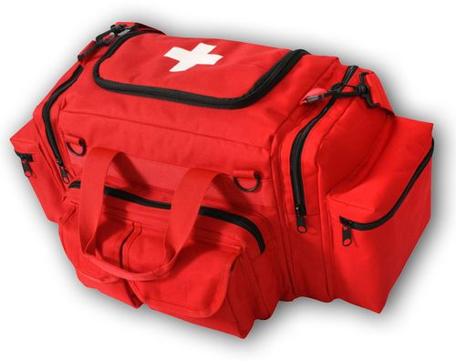 The Rescue Essentials EMT Bag is a great value, with a no-nonsense design and all the features you need.