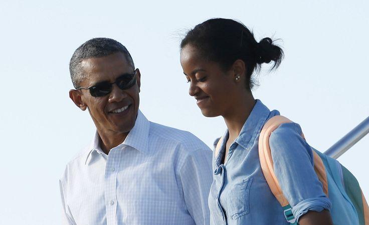 Барак Обама, Малия Обама - Фото: Kevin Lamarque / Reuters