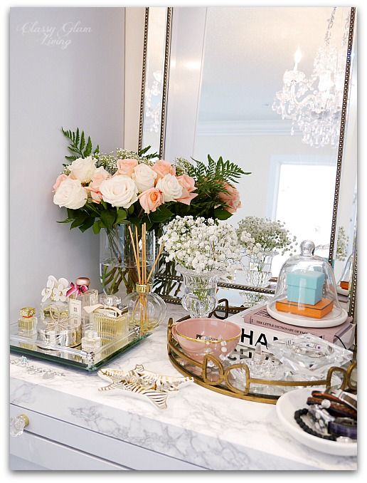 Best 25+ Mirror tray ideas on Pinterest | Vintage bedroom decor ...