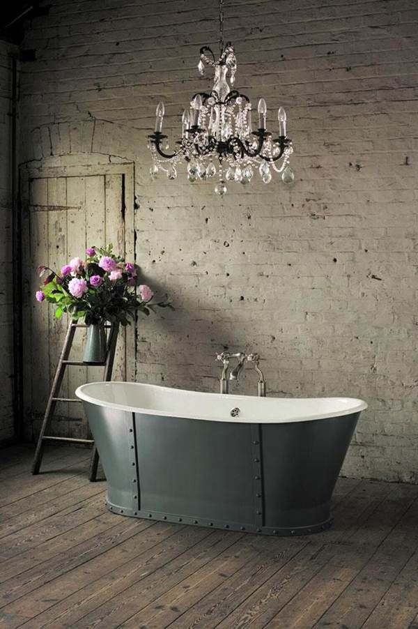 Bañera exenta para un baño vintage