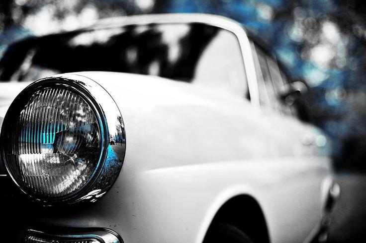 Mercedes Heckflosse - Scheinwerfer Perspektive in blau