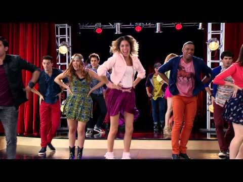 Disney Channel España | Videoclip Violetta - En gira ep.225 - YouTube