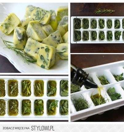 Świeże zioła w zamrożonej oliwie
