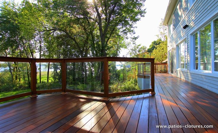 Balcony With Ipe Floor And Red Cedar Railing With Tempered