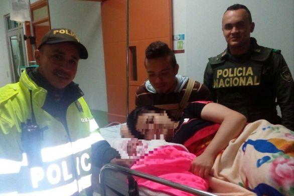 Nace bebé en patrulla policial del Corregimiento de Barcelona.