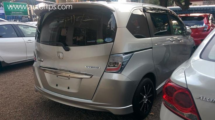 http://autoflips.com/car/honda-freed-2013/