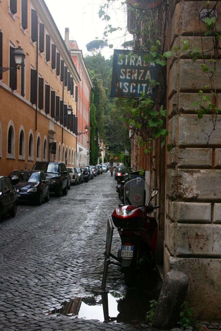 Rainy days in #Rome