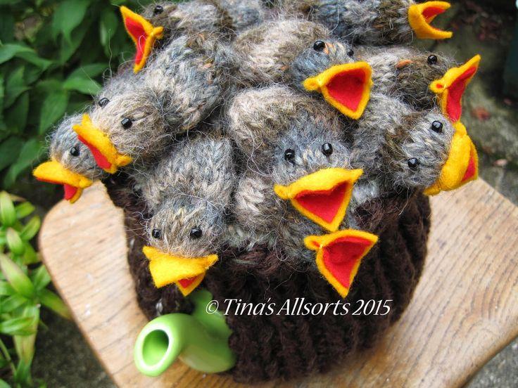 Tina's Allsorts nest of baby birds tea cosie