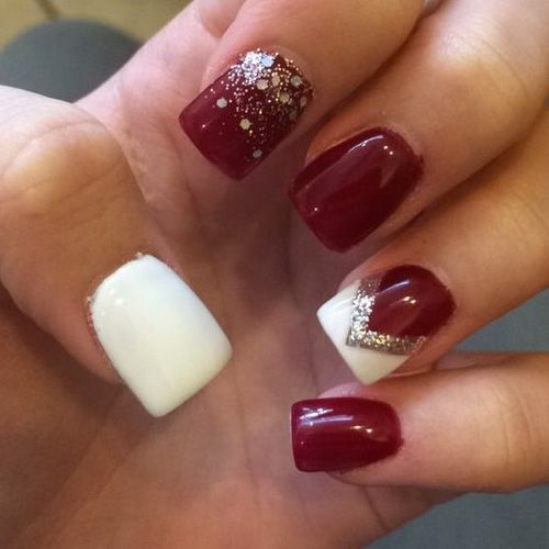 Diy christmas nail art 50 christmas nail designs you can do diy christmas nail art 50 christmas nail designs you can do yourself nail salons and salons solutioingenieria Gallery
