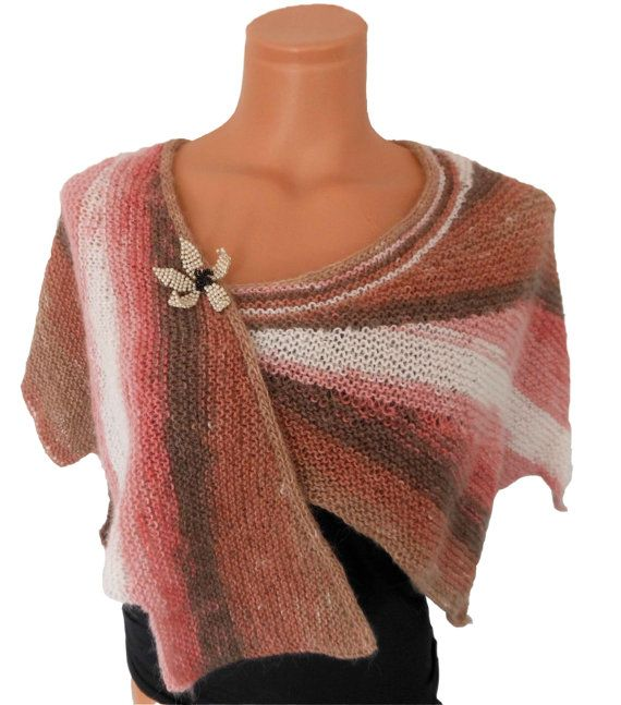 Knitted Pattern For Wingspan Scarf : 17 Best images about Wingspan Shawls on Pinterest Yarns, Ravelry and Patterns