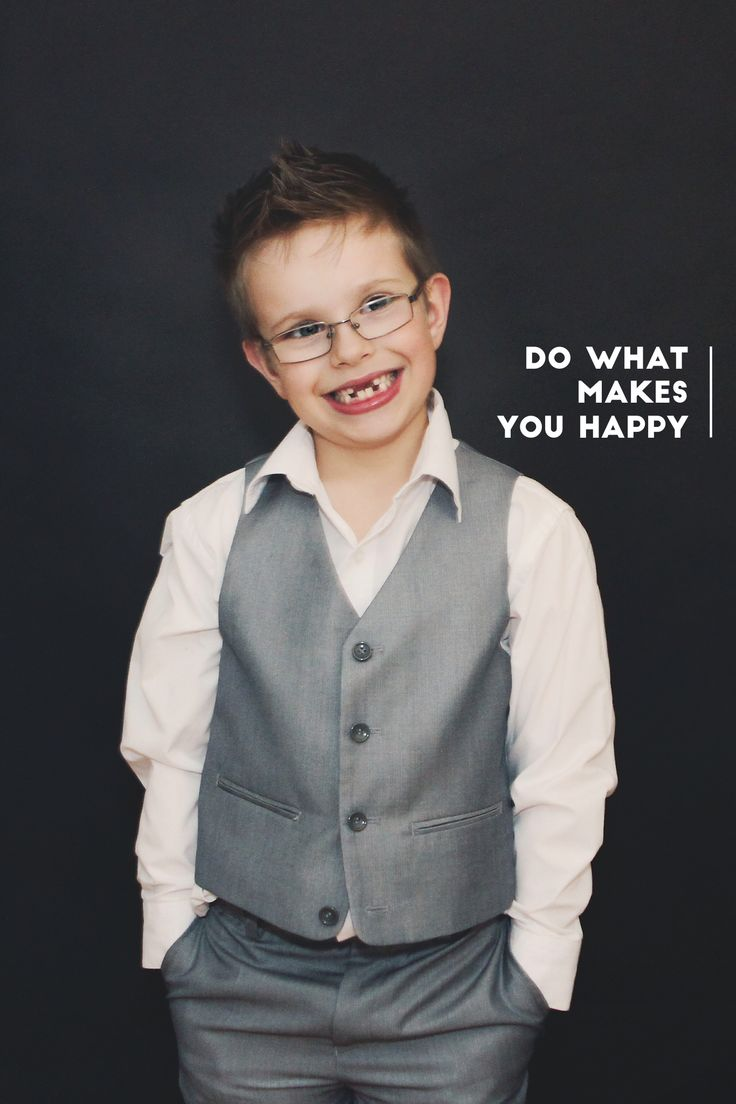 7 year old suit photoshoot, headshots
