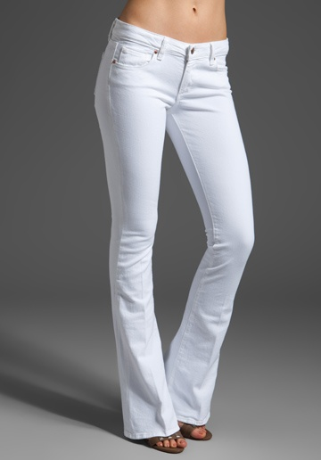 summerA Mini-Saia Jeans, Clothing Style, Bachelorette Mt, White Things, Beautiful Women, White Pants, White Jeans, Beautiful Clothing, Fashion Favorite